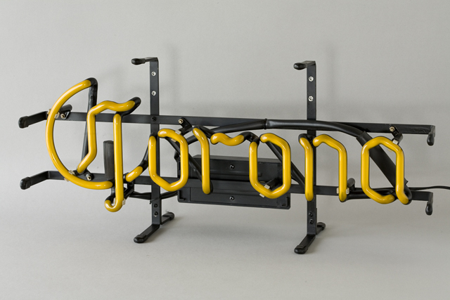 「Corona:コロナビール」のネオン管サイン看板-02
