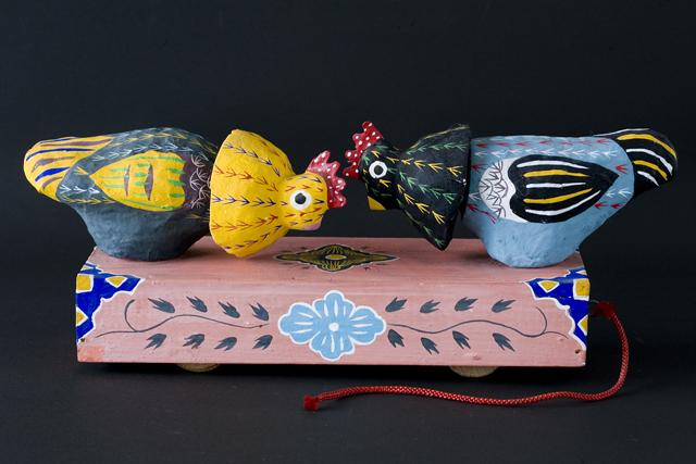琉球郷土玩具、古倉保文作「張子の鶏二羽」-01