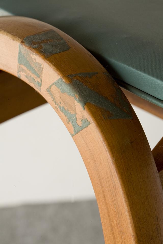 秋田木工の剣持勇デザインスタッキングスツール「No.202」うぐいす色2脚セット-09