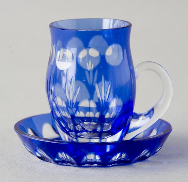 青色被切子硝子のミニチュアカップ&ソーサー6客セット-03