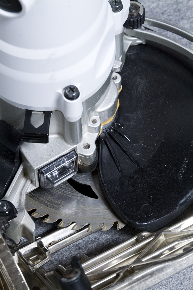 makita:マキタの165mm電子マルノコ「5732C」-11