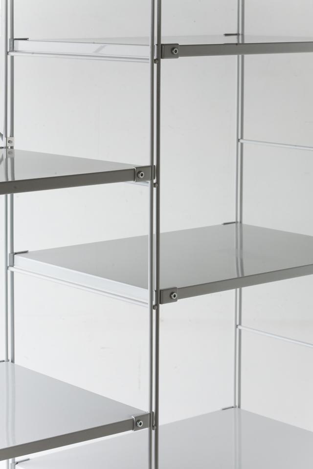 無印良品の「スチールユニットシェルフ・スチール棚セット・グレー」-03