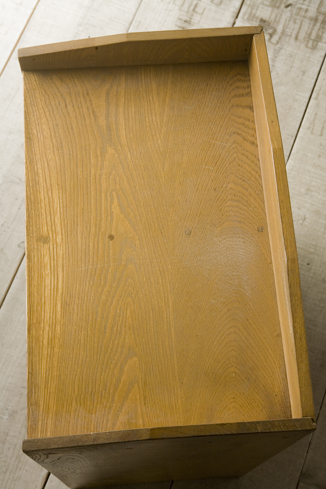 アンティークな古い木製レターケース・カルテ入れ・書類棚・小引出-06