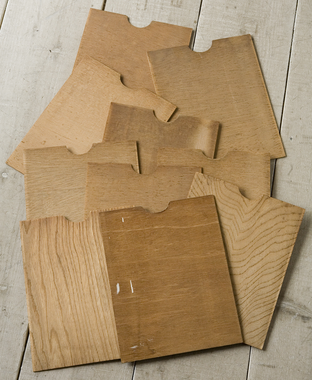 アンティークな古い木製レターケース・カルテ入れ・書類棚・小引出-10