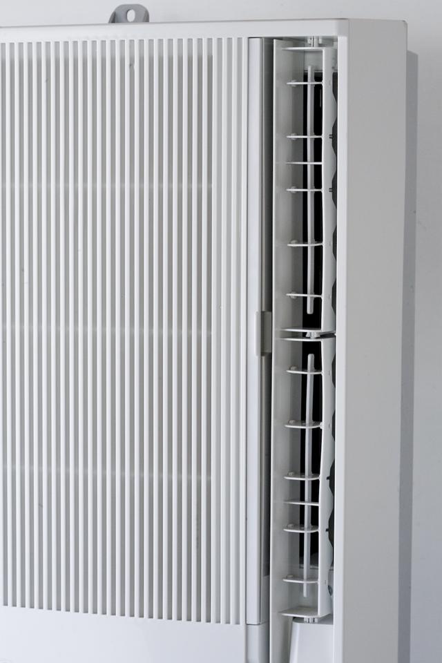 CORONA:コロナの冷暖房兼用窓用:ウインドエアコン「CWH-A1813」-02