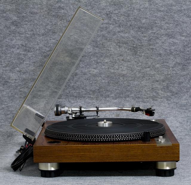 MICRO:マイクロのレコードプレーヤー「DD-5」-03