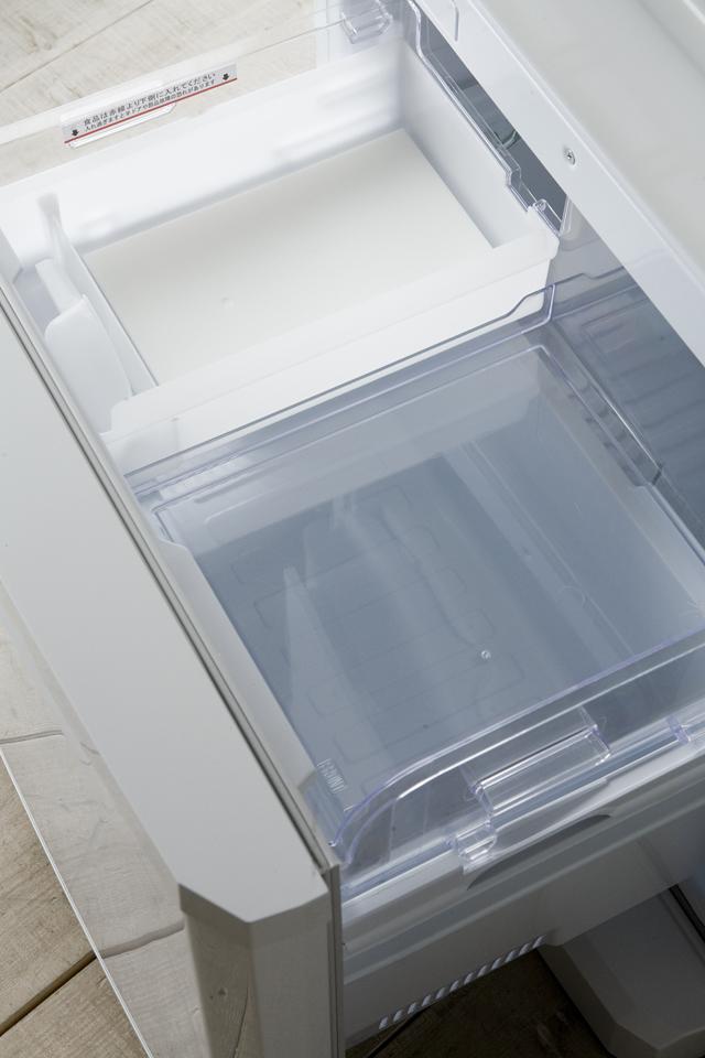 MITSUBISHI:三菱のノンフロン冷凍冷蔵庫「MR-C34X」-14