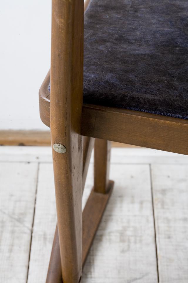 アンティークチェア、昭和レトロな小さめの椅子-13