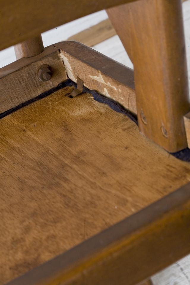 アンティークチェア、昭和レトロな小さめの椅子-17