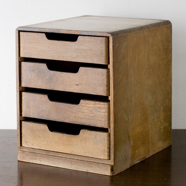 アンティークな古い木製小引出-01