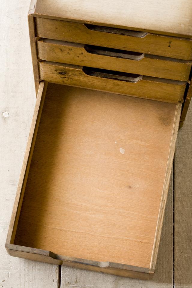 アンティークな古い木製小引出-12
