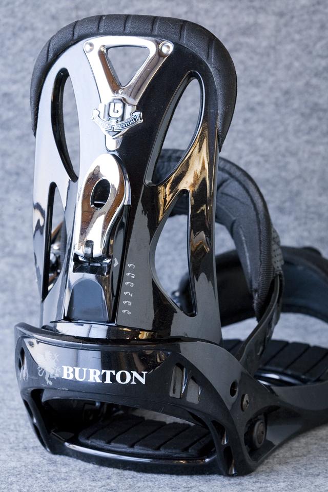 BURTON:バートンのスノーボードバインディング「CUSTOM:カスタム」-14