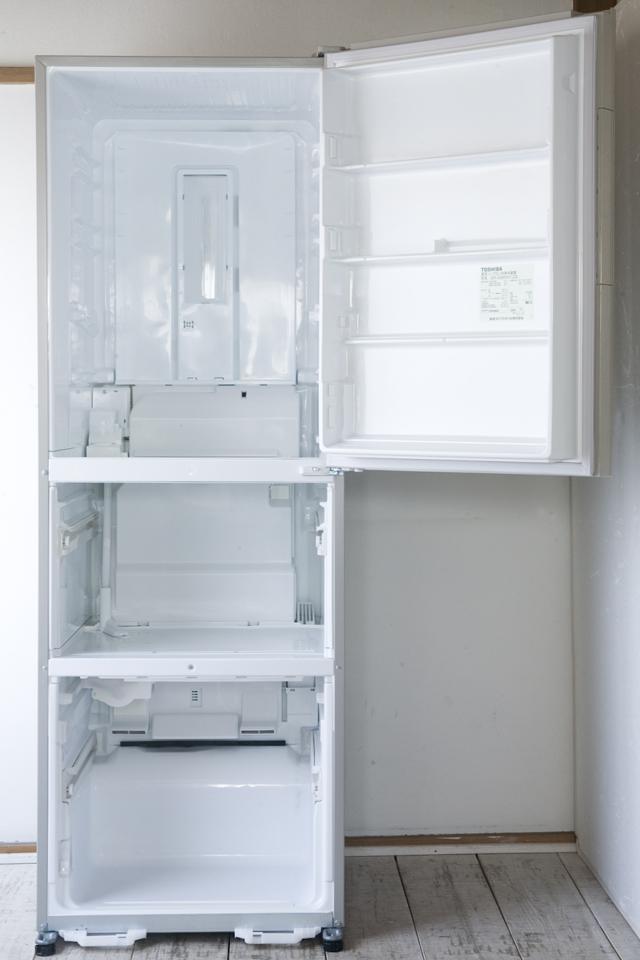 TOSHIBA:東芝の3ドア冷蔵庫「GR-G38SXV」-08