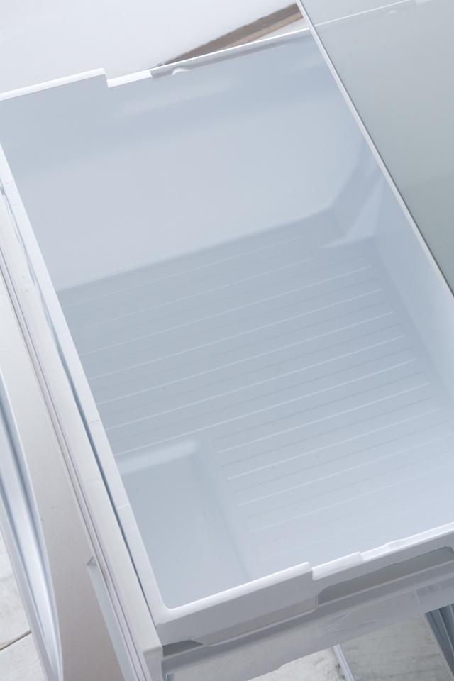TOSHIBA:東芝の3ドア冷蔵庫「GR-G38SXV」-14