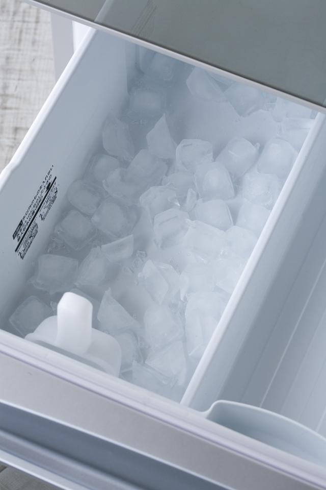TOSHIBA:東芝の3ドア冷蔵庫「GR-G38SXV」-15