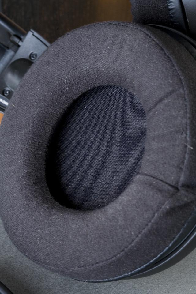 audio-technica:オーディオテクニカのエアーダイナミックヘッドホン「ATH-AD700X」00x-04