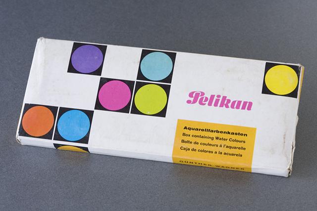 Pelikan:ペリカンのドイツ製「固形水彩絵の具12色セット」-01