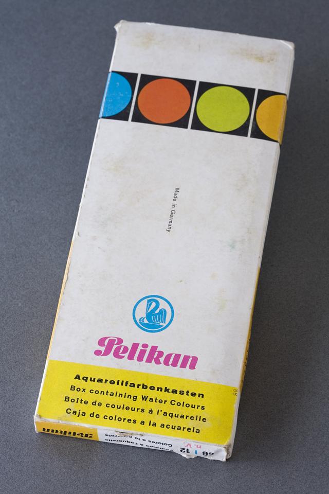 Pelikan:ペリカンのドイツ製「固形水彩絵の具12色セット」-02