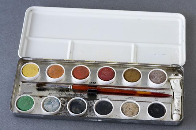 Pelikan:ペリカンのドイツ製「固形水彩絵の具12色セット」-06
