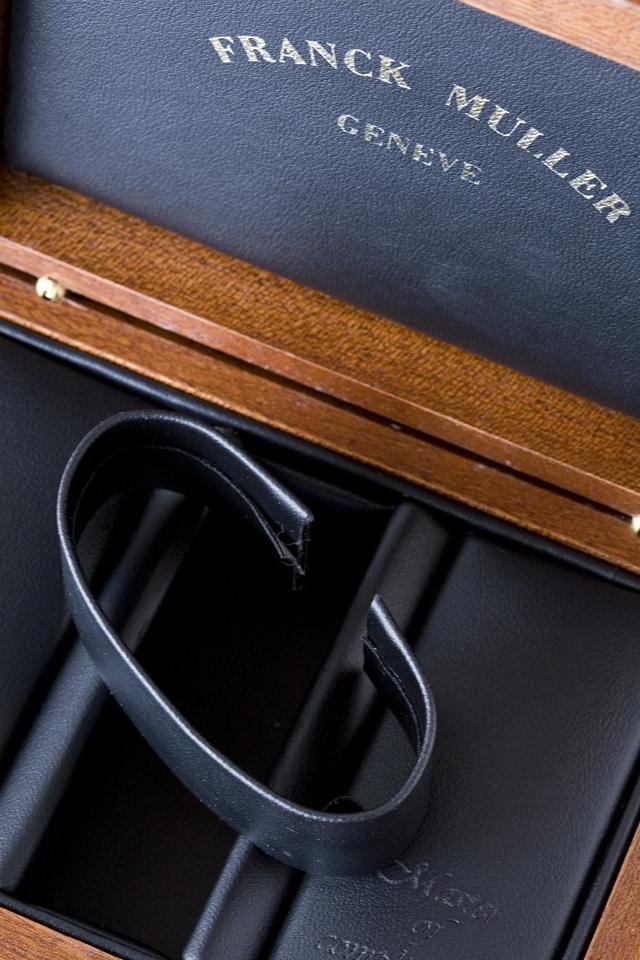 「FRANCK MULLER:フランクミュラー」の腕時計用ケース-05