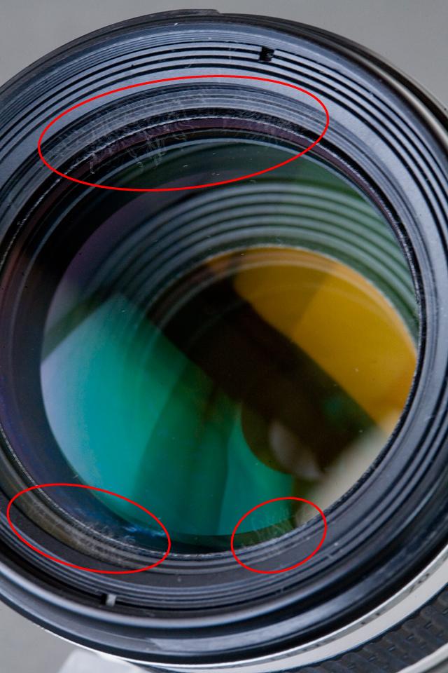 Canon:キャノンの一眼レフカメラ用の交換望遠レンズ「EF70-200mm f/4L IS USM」-04a