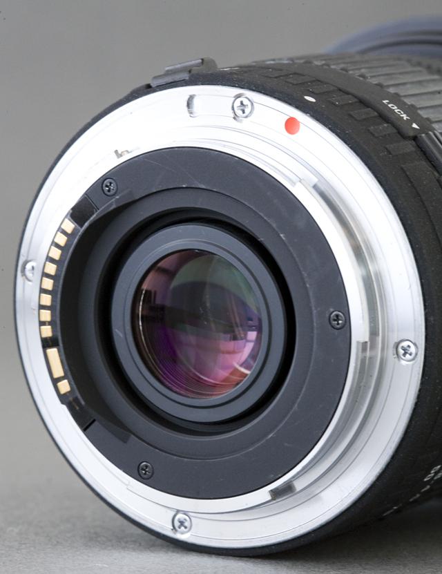 SIGMA:シグマのCanon:キャノンデジタル一眼レフカメラ用のAF交換ズームレンズ「17-70mm F2.8-4.5 DC MACRO」-05