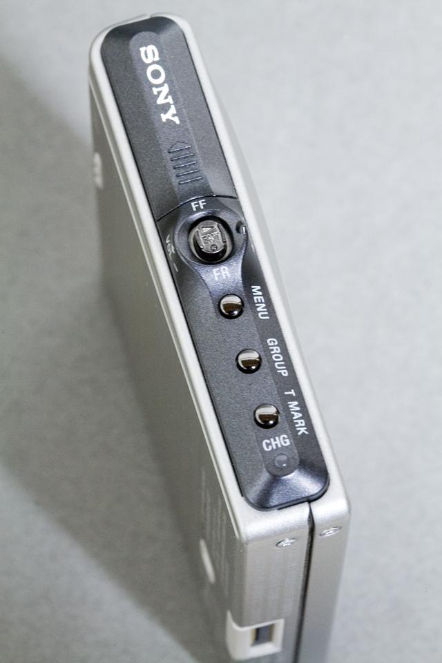 SONY:ソニーのHi-MDウォークマン、「MZ-NH1(録音・再生機)」-08