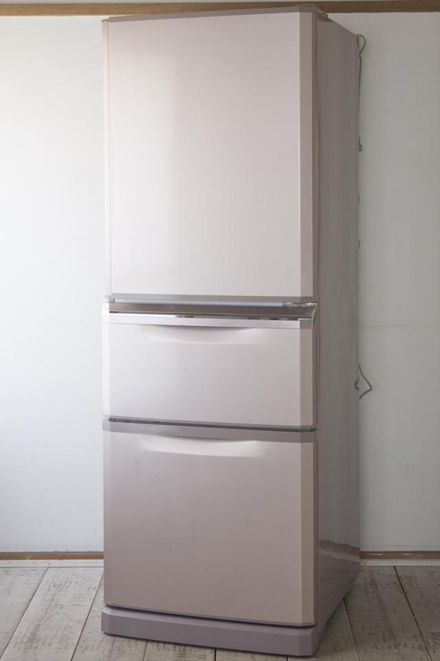 MITSUBISHI:三菱の自動製氷機能付3ドア冷凍冷蔵庫「MR-C34W」-01