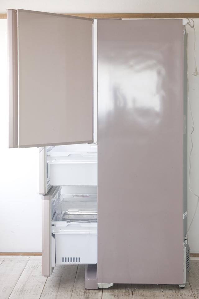 MITSUBISHI:三菱の自動製氷機能付3ドア冷凍冷蔵庫「MR-C34W」-02