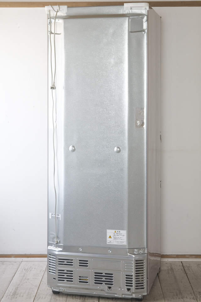 MITSUBISHI:三菱の自動製氷機能付3ドア冷凍冷蔵庫「MR-C34W」-03