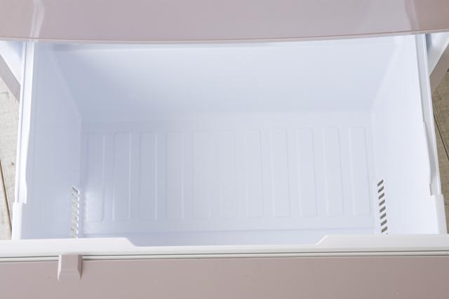 MITSUBISHI:三菱の自動製氷機能付3ドア冷凍冷蔵庫「MR-C34W」-16