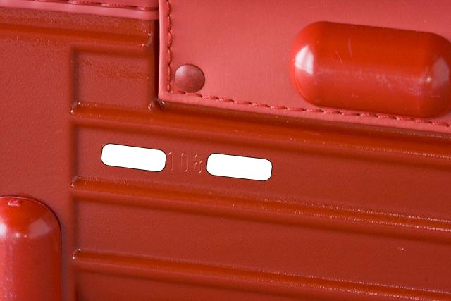RIMOWA:リモワのスーツケース「SALSA:サルサ」-13a