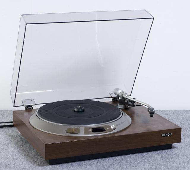 DENON:デノンのレコードプレーヤー「DP-1600」-01