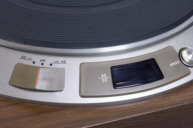 DENON:デノンのレコードプレーヤー「DP-1600」-05