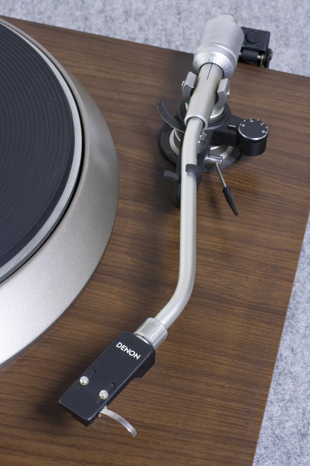 DENON:デノンのレコードプレーヤー「DP-1600」-07