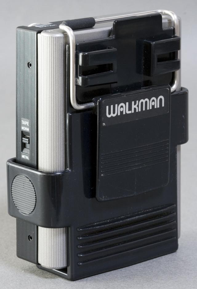 SONY:ソニーのカセットテープレコーダー「WALKMAN:ウォークマンⅡ|WM-2」-03