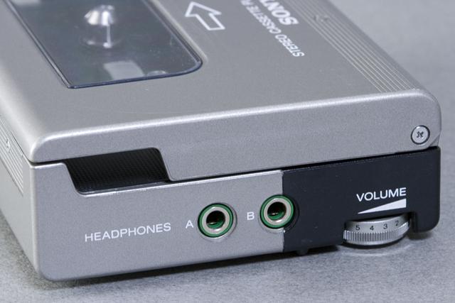 SONY:ソニーのカセットテープレコーダー「WALKMAN:ウォークマンⅡ|WM-2」-07