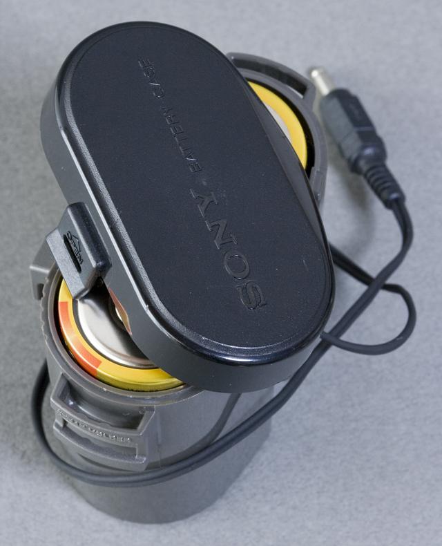 SONY:ソニーのカセットテープレコーダー「WALKMAN:ウォークマンⅡ|WM-2」-11
