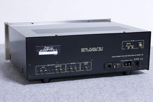 Accuphase:アキュフェーズのFMステレオチューナー「T-101」-04