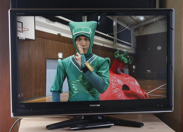 TOSHIBA:東芝の37V型液晶テレビ:TV、REGZA:レグザ「37Z7000」-02