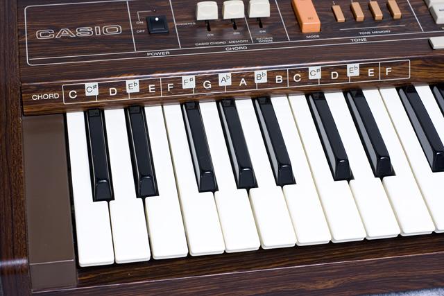 CASIO:カシオのキーボード「Casiotone 403」-12