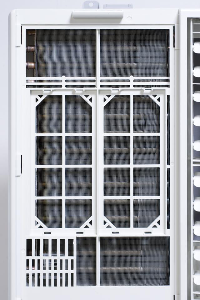 CORONA:コロナの窓用エアコン「CW-A1614」-03