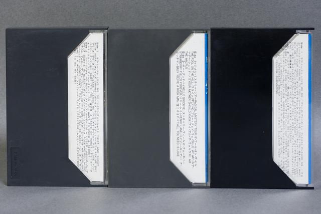 BEATLES:ビートルズのカセットテープ3本セット-02