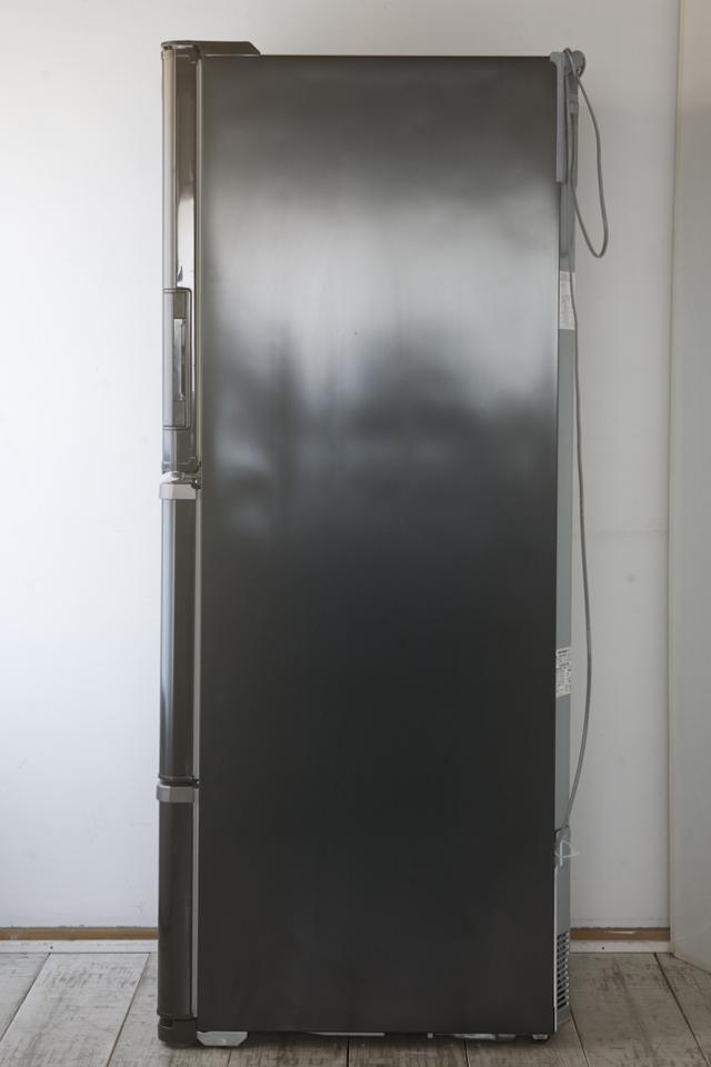 SHARP:シャープのプラズマクラスター3ドア冷蔵庫「SJ-PW31X-T」-02