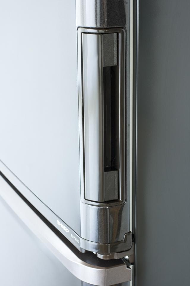 SHARP:シャープのプラズマクラスター3ドア冷蔵庫「SJ-PW31X-T」-07