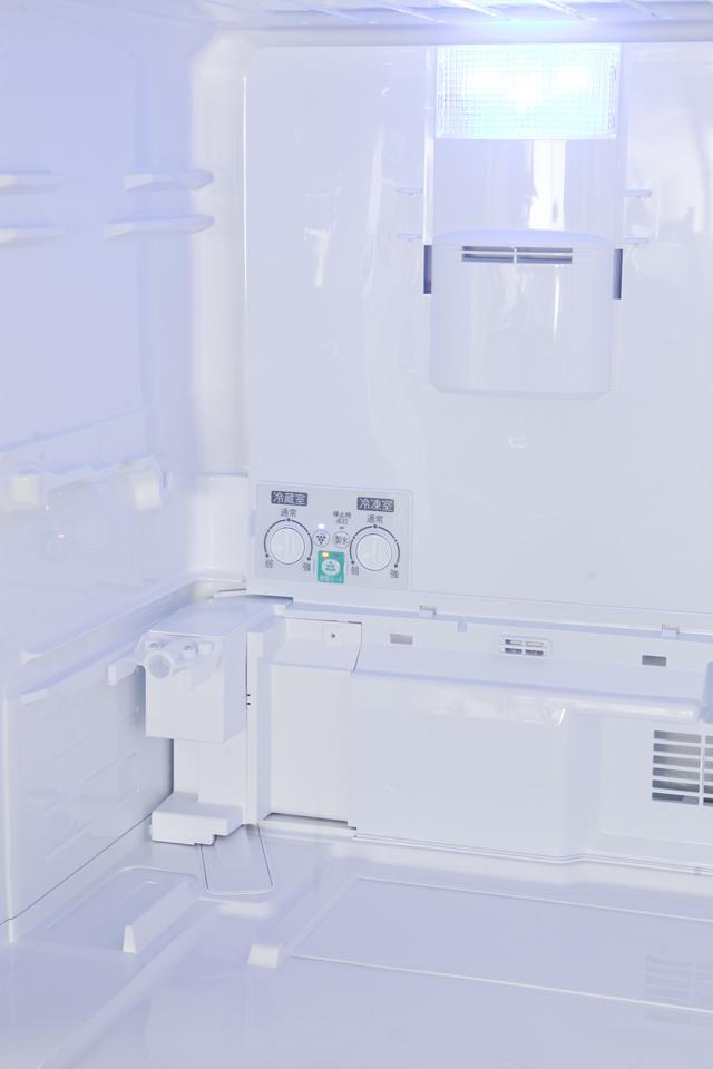 SHARP:シャープのプラズマクラスター3ドア冷蔵庫「SJ-PW31X-T」-10