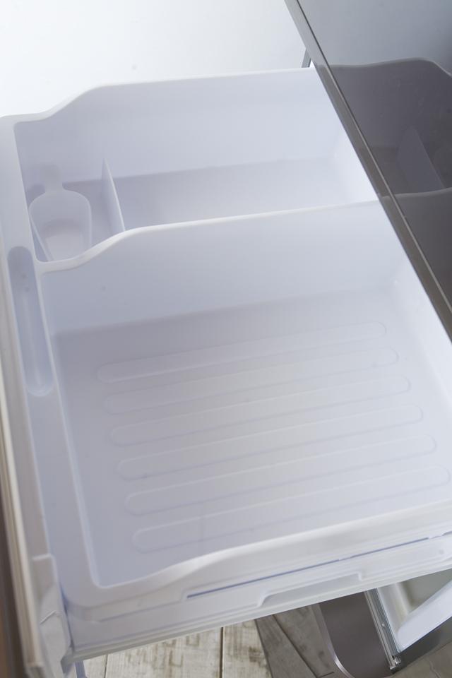 SHARP:シャープのプラズマクラスター3ドア冷蔵庫「SJ-PW31X-T」-16