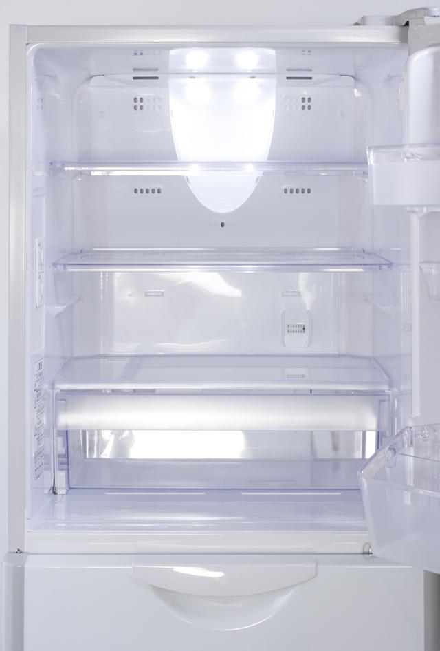 HITACHI:日立のコンパクト3ドア冷蔵庫「R-27DS」-03