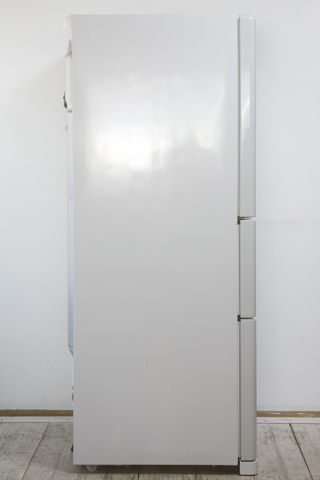HITACHI:日立のコンパクト3ドア冷蔵庫「R-27DS」-12