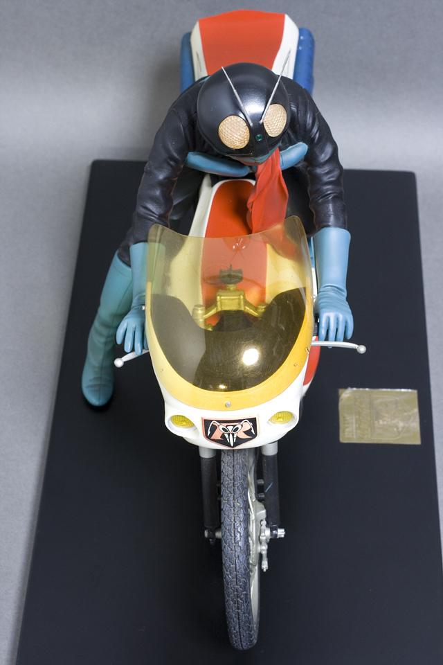 レインボー造形企画謹製の中古フィギュア「RMW仮面ライダー旧1号&旧サイクロン号」-07
